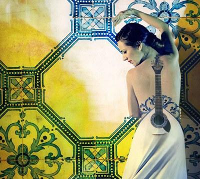 Anabel Veloso - Oro Sobre Azul