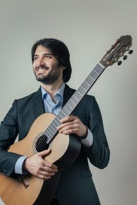 Carlo Curatolo, guitarrista clásico ganador de la edición 2019