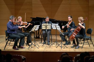 CONCIERTO V:   S. COLERIDGE-TAYLOR:  Quinteto para Clarinete y cuerda en Fa sostenido menor, Op.10 J. BRAHMS: Quinteto para Clarinete y cuerda en Si menor, Op.115