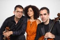 David Haroutunian/violín, Mikayel Hakhnazaryan/violoncello y Sofya Melikyan/piano