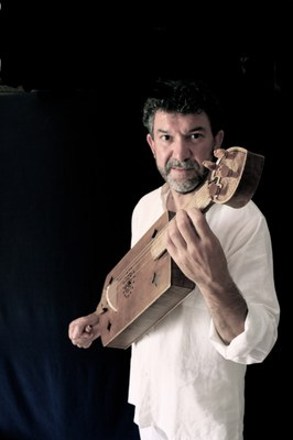 José Luis Pastor: 'La guitarra en la historia'