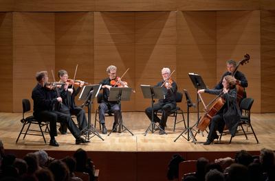 CONCIERTO VIII: PURO ROMANTICISMO - Brahms / Schubert