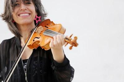 'Sonatas y partitas para violín solo de Bach'. Amandine Beyer, violín