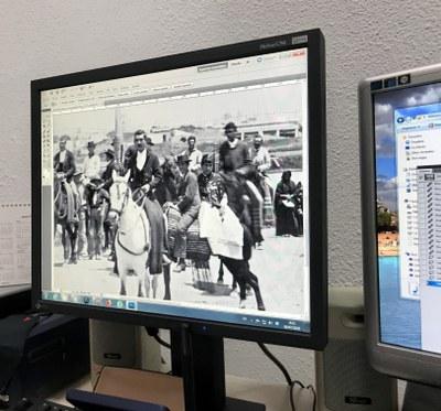 La Fototeca del ICAS restaura un  positivo original propiedad de la Hermandad del Rocío de Triana