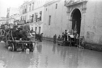 La sala virtual de exposiciones del Ayuntamiento muestra la Sevilla del siglo XX en imágenes