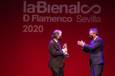 La Bienal de Flamenco entrega los diez premios Giraldillos de la XXI edición en una gala que pone fin a la programación especial de flamenco del mes de abril