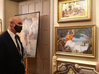 Casa Fabiola-Donación Mariano Bellver muestra un recorrido por las fiestas de primavera de Sevilla entre los siglos XIX y XXI