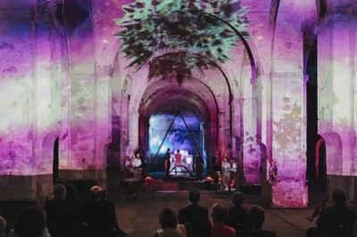 La antigua consola del órgano de la Catedral protagoniza la experiencia músico-visual 'Prometheum, la luz de las artes'