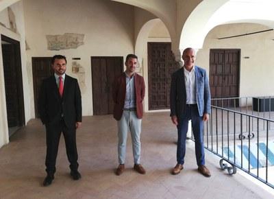 El Espacio Santa Clara acoge el acto de presentación de la obra 'Cuando el monarca espera', ganadora del XI Premio Iberoamericano de Poesía 'Hermanos Machado'