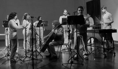 El espectáculo 'Clamor Vocis' de proyectoeLe en el Espacio Turina y la Gala Mágica en el Teatro Alameda, grandes citas culturales para arrancar el año