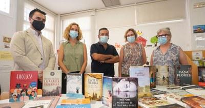 La Red Municipal de Bibliotecas recibe una donación de libros de la Fundación José Manuel Lara