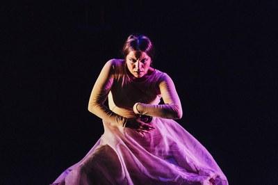 María Moreno despliega su danza flamenca en el escenario de Factoría Cultural