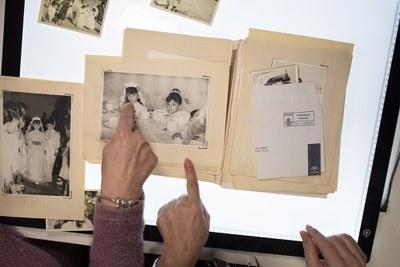 Más de 1.500 fotografías y más de 200 horas de vídeo permiten la recuperación de la memoria audiovisual colectiva del barrio de San Diego