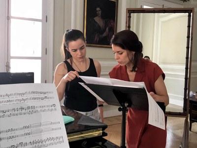 Natalia Labourdette protagoniza este viernes en el Espacio Turina el recital que pone fin al ciclo de bel canto impulsado en colaboración con la ASAO