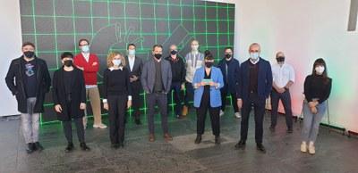 OFFF Sevilla reúne a más de 20 referencias del mundo del diseño y la creatividad a través de  un mundo virtual que se proyecta desde FIBES